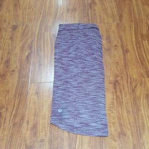 Lululemon skirt sz 6 heathered merlot, EUC!